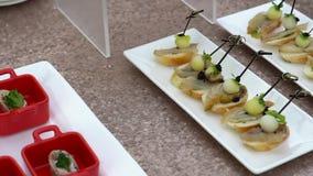 被提炼的快餐:饼、三文鱼和其他优秀快餐 影视素材