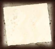 被撕毁的报纸文章 免版税图库摄影