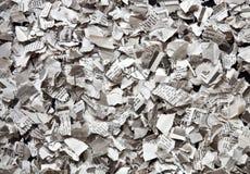 被撕毁的报纸 免版税库存照片
