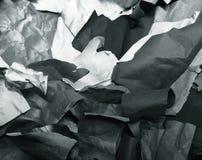 被撕毁的色纸,纹理,背景 免版税库存照片