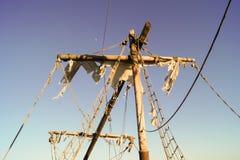 被撕毁的风帆 免版税库存图片
