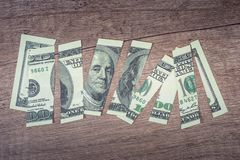 被撕毁的100美元富兰克林 免版税图库摄影