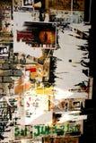 被撕毁的grunge海报 免版税库存照片