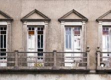 被放弃的修造的门面 库存照片