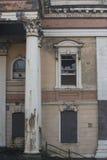 被放弃的克拉姆林路法院大楼在贝尔法斯特,北爱尔兰 免版税库存照片