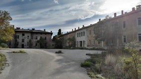 被放弃的军事大厦 免版税库存图片