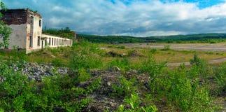 被放弃的军事机场 库存图片
