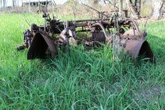 被放弃的农厂供应 免版税库存照片
