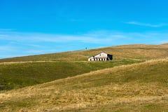 被放弃的农场家的Lessinia意大利 免版税库存照片