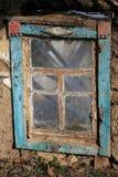 被放弃的农村房子窗口  免版税图库摄影