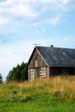 被放弃的农村房子 免版税库存图片