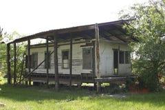 被放弃的农村棚子 库存照片