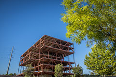 被放弃的办公室建筑在Sant Cugat del Valles Barcelon 免版税库存图片