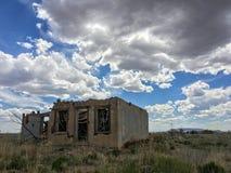 被放弃的土坯房 库存照片