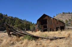 被放弃的大农场在中央俄勒冈 免版税图库摄影