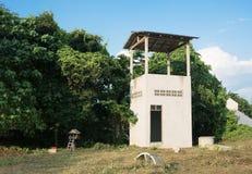 被放弃的大厦种田在泰国 免版税库存图片