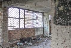 被放弃的大厦 内河港的废墟 免版税库存图片