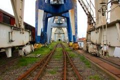 被放弃的工业船坞 免版税图库摄影
