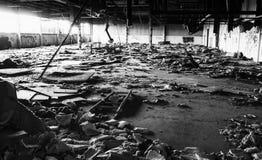 被放弃的工厂内部 库存图片