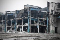被放弃的工厂厂房 免版税图库摄影