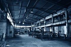 被放弃的工厂大商店 免版税图库摄影