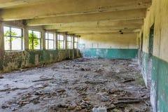 被放弃的工厂工业内部 库存图片