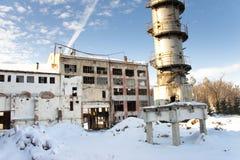 被放弃的工厂老波兰 免版税库存照片