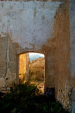 被放弃的工厂行业农村西班牙语 免版税库存图片