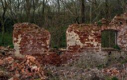 被放弃的房子破坏了 免版税图库摄影