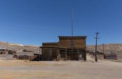 被放弃的旅馆在Bodie鬼城 免版税图库摄影