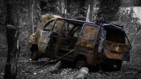 被放弃的有篷货车 免版税图库摄影