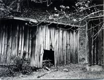 被放弃的棚子 免版税库存图片