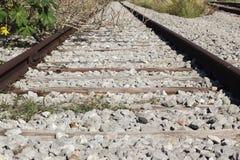 被放弃的火车路轨 免版税图库摄影