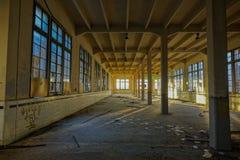 被放弃的烟草工厂在塔拉贡纳,西班牙 库存图片