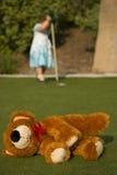 被放弃的熊女用连杉衬裤 免版税库存照片
