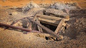 被放弃的矿井在西部淘金热镇 图库摄影