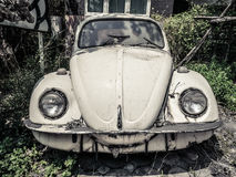 被放弃的神话老德国汽车本质上 库存照片