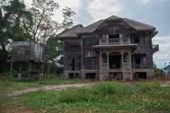 被放弃的老之家 库存照片