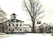 被放弃的老农舍 免版税库存图片
