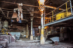 被放弃的肉食品处理植物屠宰场Rosenau,加里宁 免版税库存图片