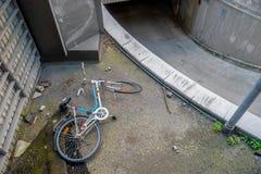 被放弃的自行车 库存图片