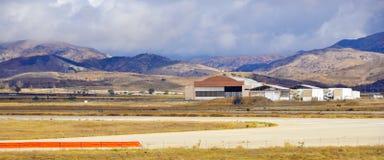 被放弃的航空领域 免版税库存照片