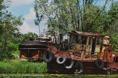 被放弃的船在切尔诺贝利区域 库存照片