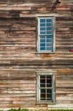 被放弃的被风化的谷仓在农村爱达荷 免版税库存图片