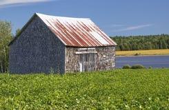 被放弃的谷仓,新不伦瑞克,加拿大 图库摄影