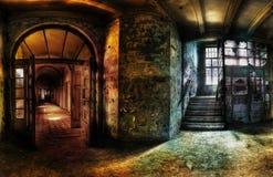 被放弃的走廊全景 库存图片