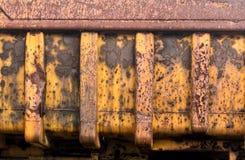 被放弃的重型建筑卡车 库存照片