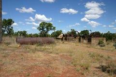 被放弃的铁路在19世纪淘金热地区昆士兰,澳洲 免版税库存照片