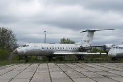 被放弃的飞机 免版税库存照片