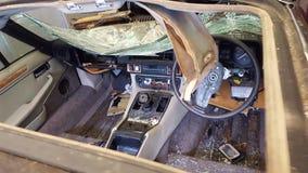 被放弃的20世纪50年代捷豹汽车 免版税库存图片